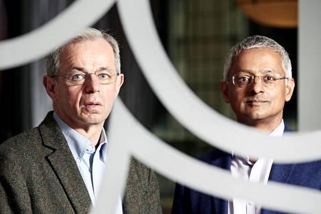 Millennium-voittajat, nopean geeniluvun kehittäjät David Klenerman ja Shankar Balasubramanian kuvattiin Helsingissä Kämpin peilisalissa.