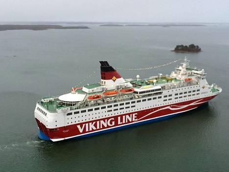 Viking Linen Amorella kuvattuna vuonna 2013.