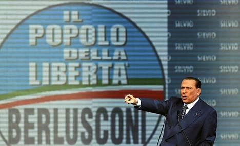 Silvio Berlusconi puhui puolueensa kokouksessa Roomassa maaliskuun lopussa.