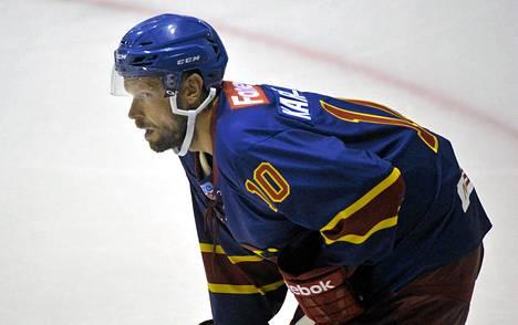 Jere Karalahti on Jokerien KHL-joukkueen runkopelaajia.