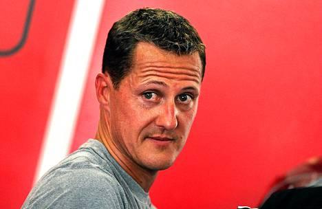 Michael Schumacher loukkaantui joulukuussa vakavasti lyötyään päänsä kiveen lasketteluonnettomuudessa.