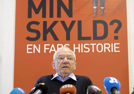 Jens Breivik puhui kirjansa julkistustilaisuudessa Oslossa torstaina.