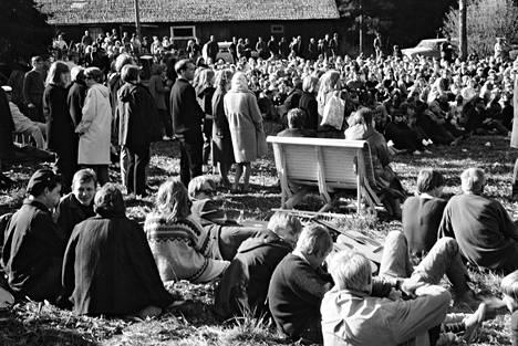 Helsinki Folk Festival -tapahtumaan osallistui useita satoja nuoria eri puolilta pääkaupunkiseutua.