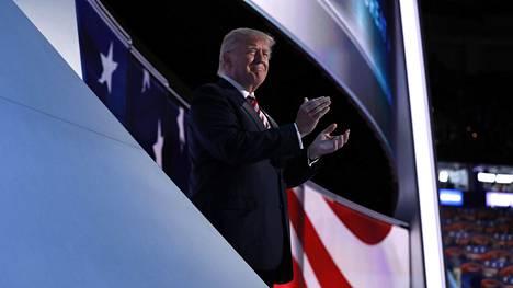 Donald Trump republikaanien puoluekokouksessa Clevelandissa keskiviikkona.