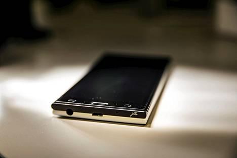 Jollan puhelimet tulevat myyntiin Intiassa.
