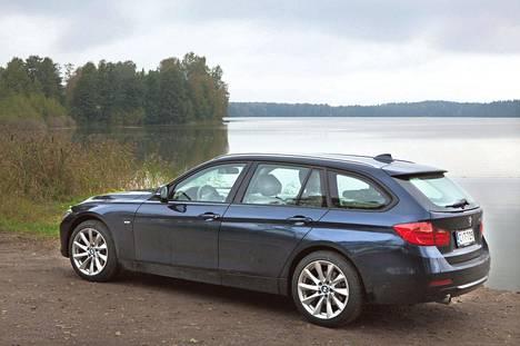 BMW:n 3-sarjan farmari lähestyy monilta ominaisuuksiltaan isompaa 5-sarjan farmaria.