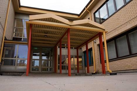 Vantaan kaupunki tiedotti perjantaina, että Havukosken koulussa on todettu kahdella ihmisellä koronatartunta.