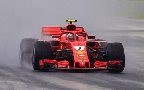 Kimi Räikkönen starttaa Unkarin gp:hen kolmosruudusta.