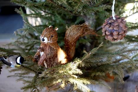 Jouluaatto on ensi vuonna lauantaina ja joulupäivä sunnuntaina. Arkivapaaksi jää vain maanantaihin osuva tapaninpäivä.