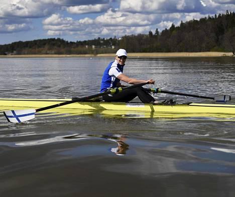 Eeva Karppinen harjoitteli Turussa toukokuussa 2020.