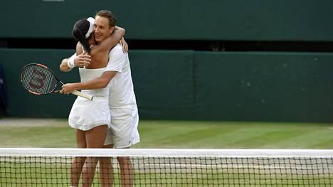 Wimbledonin sekanelinpeli päättyi tänä kesän Henri Kontisen ja Heather Watsonin juhlintaan.