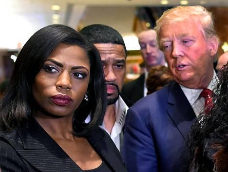 Omarosa Manigault-Newman ja Donald Trump vuonna 2015.