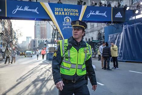 Mark Wahlberg esittää bostonilaispoliisia Ajojahdissa.