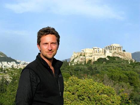 Kreikka-dokumentin juontaa Warwickin yliopiston antiikintutkimuksen apulaisprofessori Michael Scott.