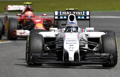 Valtteri Bottas ja Kimi Räikkönen tulivat maaliin peräkkäin Belgiassa.
