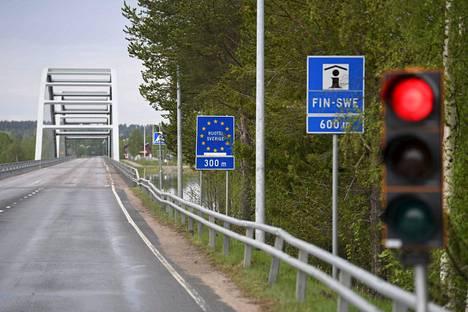 Ylitornion raja-asema kesäkuun alussa.