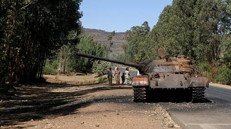 Palanut panssarivaunu muistutti sodasta Tigrayn Adwassa maaliskuun puolivälissä.