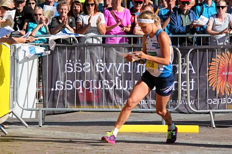 Minna Kauppi sijoittui keskiviikkona yhdeksänneksi maailmancupin sprintissä Imatralla.