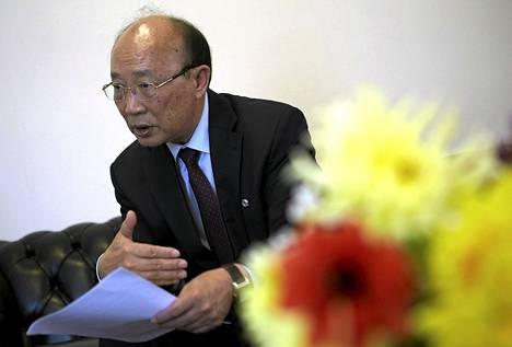 Pohjois-Korean YK-lähettiläs So Se-pyong Reutersin haastattelussa Genevessä.