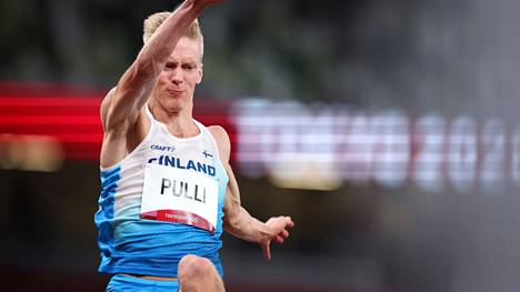 Kristian Pulli venytti niukasti pituuden finaaliin.