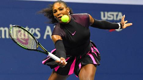 Serena Williams eteni jatkoon US Openissa.