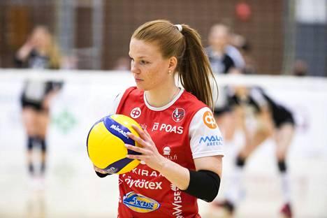 Katja Kylmäaho pelasi Suomen joukkueen passarina. Kuva on viime marraskuulta.