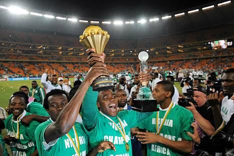 Nigerian jalkapallomaajoukkue otti ilon irti mestaruudesta.