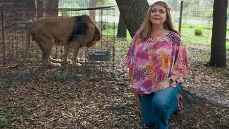 Carole Baskin hoitaa tarhassaan heitteille jätettyjä eläimiä, mutta ei jalosta pentuja.