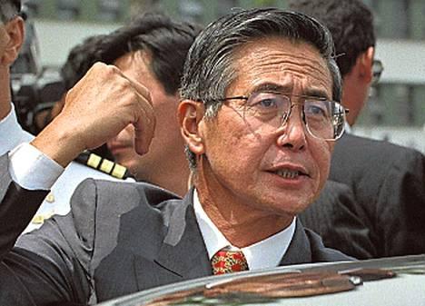Alberto Fujimori (Perun presidentti 1990–2000) sai niskaansa useita oikeusjuttuja valtakautensa jälkeen. Hän on ollut tuomiolla muun muassa korruptiosta ja salakuuntelusta. Vuonna 2009 hän sai 25 vuoden tuomion vasemmistosissejä jahtaavista kuolemanpartioista.