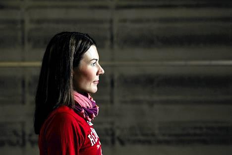 Mona-Liisa Malvalehto on Suomen ykköshiihtäjiä erityisesti perinteisen sprinteissä. Hän aikoo hiihtäjämiehensä Ville Nousiaisen tavoin kilpailla ainakin vuoden 2018 olympialaisiin asti.