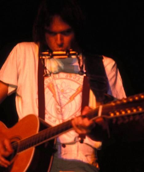 Neil Young keikalla vuonna 1978.