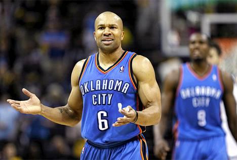 Vielä tällä kaudella Oklahoma City Thunderissa pelannut Derek Fisher on New York Knicksin uunituore päävalmentaja.