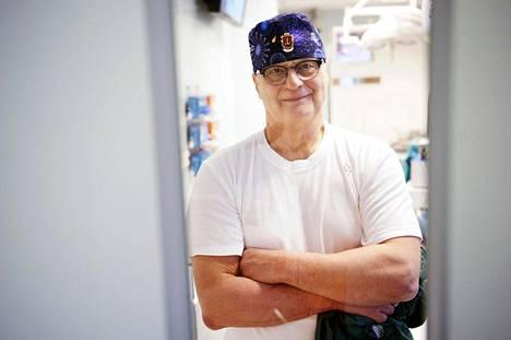 Aivokirurgi Juha Hernesniemi.