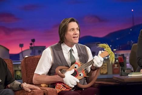 Jeff Piccirillo (Jim Carrey) on 30 vuotta tehnyt lastenohjelmaa, jossa hän leikittää ja laulattaa ukulelekäsinukellaan.