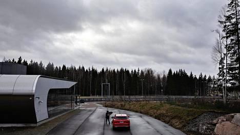 Aviapoliksen asema valmistui vuonna 2015. Eteläinen sisäänkäyntirakennus on ollut melko vähällä käytöllä, koska välittömässä läheisyydessä on lähinnä kallioita.