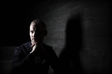"""Juska Wendland on seurannut elektronista musiikkia yli 20 vuotta. """"En lakkaa ihmettelemästä, kuinka laadukasta kotimainen konemusiikki tänä päivänä on. Kotimaiset tuottajat, joista en ole välttämättä koskaan aikaisemmin kuullut, saattavat tehdä ihan maailmanluokan kamaa."""""""