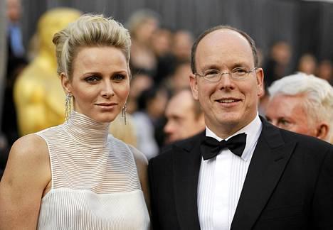 Monacon ruhtinas Albert ja ruhtinatar Charlene osallistuivat Oscar-gaalaan Hollywoodissa 26. helmikuuta.