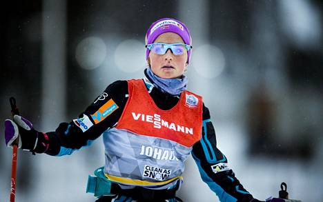 Therese Johaug kuvattuna Rukan maailmancupissa marraskuussa 2015.