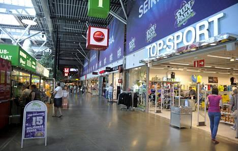 Kilpailu- ja kuluttajavirasto helpottaisi Lempäälän Ideaparkin kaltaisten keskustojen ulkopuolella sijaitsevien kauppakeskusten rakentamista.