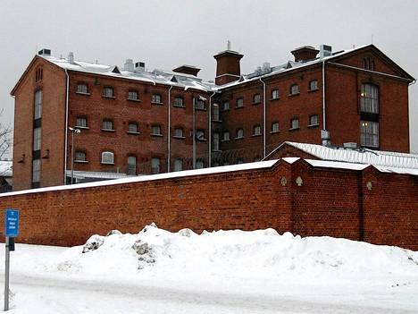 Suomessa on 26 vankilaa, ja ne aiotaan jakaa 4-5 turvaluokkaan. Kuvassa Vaasan vankila.