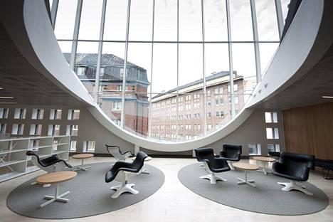 Helsingin yliopiston kirjasto sijaitsee Kaisa-talossa Helsingin Kaisaniemessä.