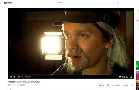 Videoillaan Ranta maskeeraa itsensä artistien näköiseksi.
