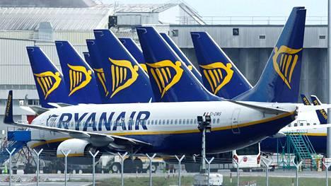 Irlantilainen halpalentoyhtiö Ryanair arvioi, että sen suunnitellusta liikenteestä toteutuu huhti-kesäkuussa yksi prosentti.