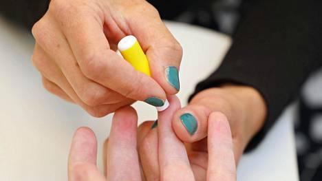 Helsingissä esiteltiin viime vuonna minuutin kestävää hiv-testiä.