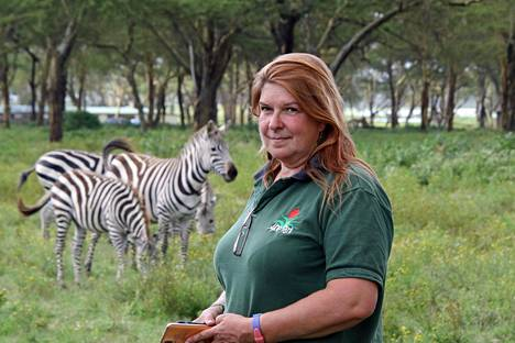 """""""Täällä villieläimet ovat tottuneet siihen, ettei ihmisistä ole niille mitään vaaraa"""", sanoo kahdeksan vuotta Naivashassa asunut Sari Manninen."""