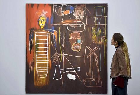David Bowien kokoelmaan kuuluva Jean-Michel Basquiatin maalaus Air Power on esillä Sothebyn huutokauppakamarilla Lontoossa. Sen hinnan arvioidaan nousevan 2,8 - 3,9 miljoonaan euroon.