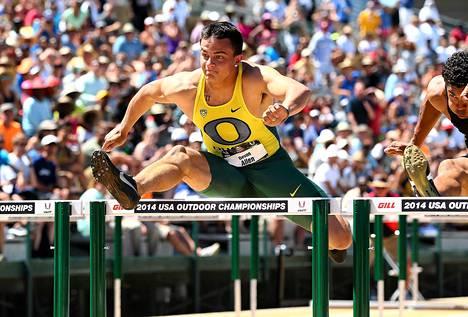 Devon Allen voitti USA:n mestaruuden 110 metrin aidoissa.