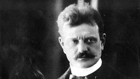 Säveltäjä Jean Sibelius vuonna 1899.