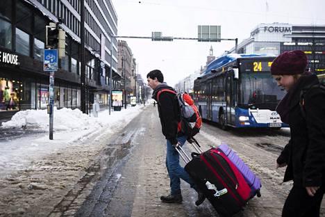 Helmikuun alussa vuonna 2015 Helsingin keskustassa oli loskakeli.