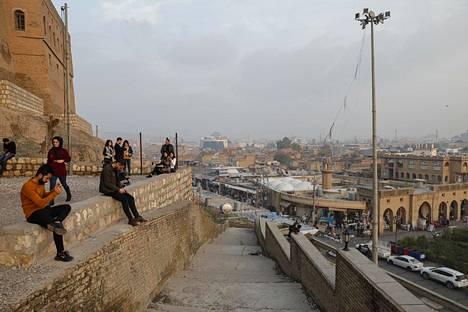 Koulutustehtävissä olevien suomalaissotilaiden pääjoukon tukikohta sijaitsee Pohjois-Irakin kurdialueella Erbilissä.